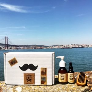 Kit 5 – Oil, Shampoo & Brush